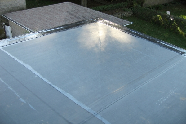 EPDM rubber roof coating