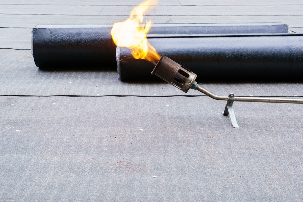 flame and modified bitumen roll roofing