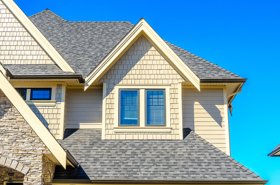 metal roof vs shingles for residential roofing