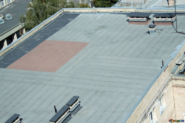 a typical TPO flat roof installation
