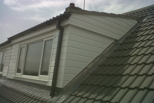 roof flashing repair